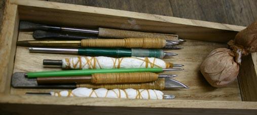 樋磨き棒、ヘラ、仕上げ用磨き棒等